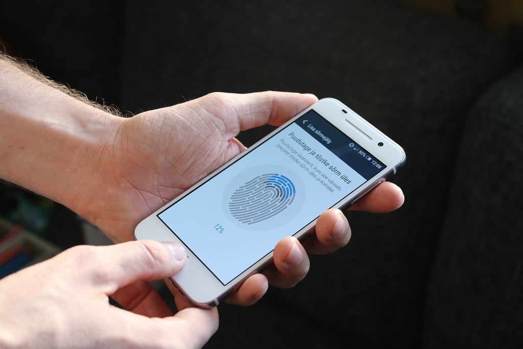 How to fix fingerprints not recognized on your smartphone